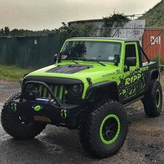 Jeep Rubicon, Jeep 4x4, Jeep Willys, Lime Green Jeep, Neon Green, Good Morning Gorgeous, Jeep Wave, Custom Jeep, Jeep Parts