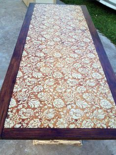 The Large Allover Brocade Stencil by Royal Design Studio was stenciled onto a tabletop by Hoity Toity Peacock!