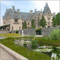 Asheville, North Carolina - The Biltmore Estate built by the Vanderbilts! Would love to see it at Christmas time