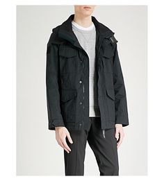 Canada Goose Voyager Hooded Shell Jacket In Black Minimal Fashion, Minimal Style, Fashion Models, Mens Fashion, Army Surplus, Canada Goose, Parka, Hoods, Raincoat