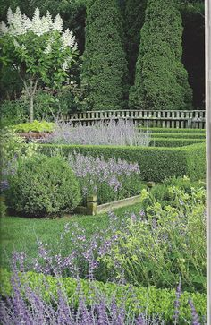 the Polished Pebble: Ina's Garden in the Hamptons