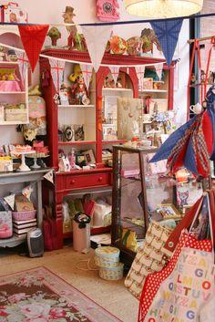 Crown & Crumpet Shop