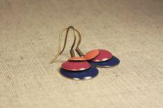 Ohrhänger - Ohrringe Emaille Dunkelblau/Lila/Pfirsich° - ein Designerstück von Sarkany bei DaWanda