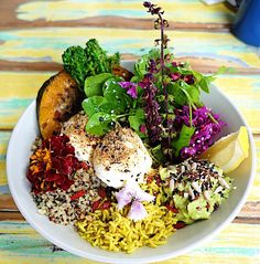 🔹Healthier🔹Fitter🔹Happier  Balanced meal in a bowl (@movingdietitian)
