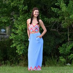 Maxi Dress with Pockets! Mollies Boutique