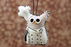 Hey, I found this really awesome Etsy listing at http://www.etsy.com/listing/110798986/owl-decor-felt-owl-ornament-cooking-chef