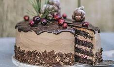 Zamilujete sa do nej: Voňavá čokoládová torta so škoricou a s brusnicami Biscotti Cookies, Czech Recipes, Mini Cheesecakes, Sweet Desserts, Toffee, Food For Thought, Nutella, Cupcake Cakes, Cake Decorating