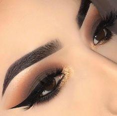 67 Ideen Make-up Lidschatten Smokey Prom Augenbrauen - 67 Ideas Makeup Eyeshadow Smokey Prom Eyebrows 67 Ideen Make-up Lidschatten Smokey Prom Augenbraue - Makeup Goals, Love Makeup, Makeup Inspo, Makeup Inspiration, Makeup Style, Prom Make Up, Eye Make Up, Prom Looks Make Up, Makeup Eyeshadow