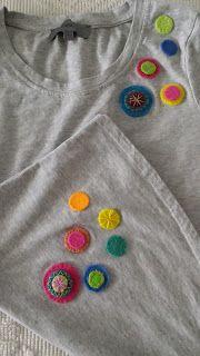 Phatufa: T-Shirt com aplicações em feltro - Círculos