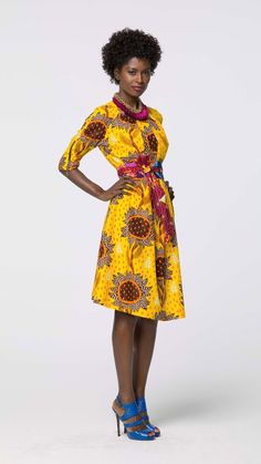 fashion fro. http://www.pagnifik.com/wp-content/uploads/2015/02/vlisco-voilaforyou-2015-5.jpg African Inspired Fashion, African Print Fashion, Africa Fashion, Ethnic Fashion, Fashion Prints, Fashion Styles, Styles Courts, African Attire, African Dresses For Women