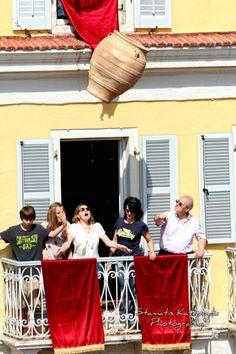 Corfu - pot throwing during Easter Greece Travel, Greece Trip, Republic Of Macedonia, Social Distortion, Corfu Island, Corfu Greece, Us Sailing, Easter Celebration, Passionate People