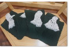 """crochet top hand towels.  any hand towel cut in 1/2 makes two of these.  one of the best """"crafts"""" my mom taught me!  make the top for a drawer pull (w/button) or just a whole for a knob."""