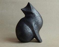 "Items similar to Ceramic sculpture ""Black Cat"" on Etsy Ceramic Mugs, Ceramic Pottery, Pottery Art, Ceramic Art, Sculptures Céramiques, Sculpture Clay, Abstract Sculpture, Garden Sculpture, Pottery Animals"