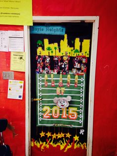 classroom door decorations for homecoming homecoming ideas