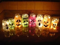 Halloween Decor // Mason Jar Pumpkins