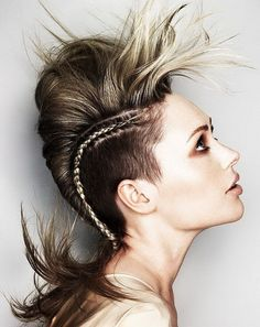 Best Undercut Hairstyle Women With Braided For Layered Hair Wallpaper