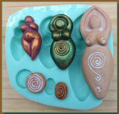 Silicone Craft Molds for use with polymer clay and many other mediums as well as a variety of mixed media projects craft projects. Ceramics Projects, Polymer Clay Projects, Resin Crafts, Pagan Symbols, Diy Wand, Pottery Sculpture, Polymer Clay Pendant, Air Dry Clay, Clay Creations