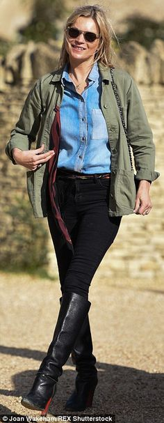 Kate Moss continues to wear wedding ring during family day out with ex #dailymail