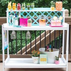 How to Upcycle a Garden Table into an Outdoor Bar