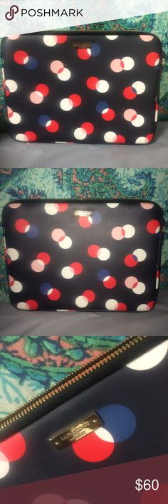 Kate Spade Laptop Case Perfect condition. Only used to carry my laptop 3 times. No flaws at all. Basically brand new. kate spade Bags Laptop Bags