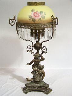 Victorian kerosene lamp Victorian Lighting, Victorian Lamps, Victorian Furniture, Antique Lighting, Antique Oil Lamps, Old Lamps, Vintage Lamps, Chandelier Lamp, Chandeliers