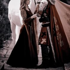 Princess Aesthetic, Couple Aesthetic, Book Aesthetic, Character Aesthetic, Aesthetic Photo, Medieval, Story Inspiration, Light And Shadow, Beauty