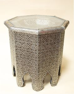 White Metal Moroccan Etched Table With Glass