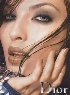 Make up poster - Christian Dior Magazine Advert - by Tyen 1990s Makeup, Dior Makeup, Makeup Geek, Makeup Cosmetics, Eye Makeup, Vintage Makeup Ads, Retro Makeup, Vintage Ads, Dior Beauty
