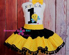 Anamaria Ami Atelier by CaciuliBEBE on Etsy Baby Party, Yellow Dress, Black N Yellow, Shirt Outfit, Kids Girls, Tutu, Trending Outfits, Children, Bee