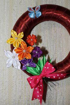 Dekorácie - Venček s kytičkou jarných kvietkov - 5170632_