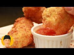 Frango crocante oriental - YouTube Calzone, Yakisoba, Cornbread, Macaroni And Cheese, Ethnic Recipes, Youtube, Chinese, Food, Chicken Flatbread