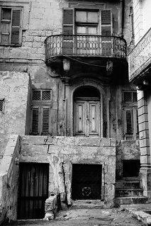 Back Streets of Valletta. Vintage Triq in-Nofs-in-Nhar Valletta, Malta. Malta History, Heaven Wallpaper, Malta Valletta, Malta Gozo, Malta Island, Little Island, Nikon D200, The Past, Maltese