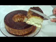 Pudim de Claras com Leite Condensado e Coco. Eggwhite pudding.