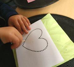 Activité motricité fine facile Montessori