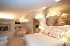 Flintstones home Malibu 9 Flintstone Home Inspires Contemporary Residence in Malibu, USA