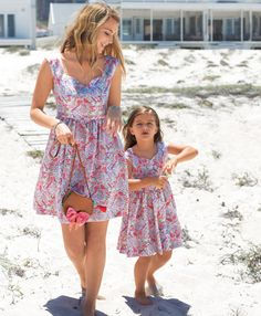 Sand Castles: 11 Patterns for Mother and Daughter