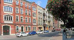 Przestronne mieszkanie w centrum Chorzowa. Czteropokojowe mieszkanie o powierzchni użytkowej 90,50 m². Zapraszamy do kontaktu! Agent nieruchomości: Marta Kulawik  Telefon: + 48 665 167 906 http://remax-gold.pl/oferta/sprzedam-przestronne-mieszkanie-w-centrum-chorzowa