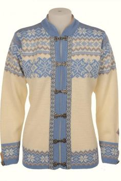 Shop online for Authentic Handmade Norwegian Sweaters produced by the same family since 1927 and shipped directly to you. Our Norwegian Sweaters for Women, Men and Children are made of the finest quality Pure Norwegian Wool. Wool Cardigan, Wool Sweaters, Pretty Outfits, Cool Outfits, Norwegian Knitting, Fair Isle Knitting, Sweater Knitting Patterns, Comfortable Outfits, Cardigans For Women