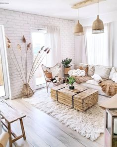 Transformez votre salon en un oasis boho Pour un salon tendance et Transformez votre salon en un oasis boho Pour un salon tendance et cozy farmhouse living room makeover decor ideas House Home Living Room, Room Design, Home, Living Room Decor Apartment, Boho Living Room, Apartment Decor, Rustic Living Room, Interior Design Living Room, Interior Design Bedroom