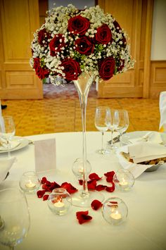 Gorgeous red roses in martini vases, supplied by Noi Due Rijeka. : Gorgeous red roses in martini vases, supplied by Noi Due Rijeka. Tall Wedding Centerpieces, Wedding Reception Decorations, Floral Centerpieces, Wedding Table, Floral Arrangements, Wedding Parties, Wedding Vases, Decor Wedding, Wedding Ideas