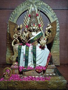 Lord Shiva Statue, Lord Vishnu Wallpapers, Beautiful Rose Flowers, Shiva Shakti, Gods And Goddesses, Snow Globes, Spirituality
