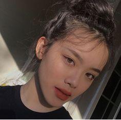 Hyulari 💞💞 - Korean Makeup Tips - Korean Beauty Tips, Korean Makeup Tips, Korean Makeup Look, Asian Makeup Tutorials, Cute Makeup, Pretty Makeup, Beauty Makeup, Hair Makeup, Hair Beauty