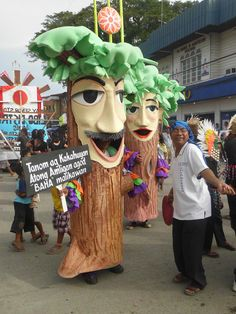 """Higante Festival"" (Parade of Giants) on January 17 Mardi Gras, January, Fictional Characters, Saints, Carnival, Fantasy Characters"