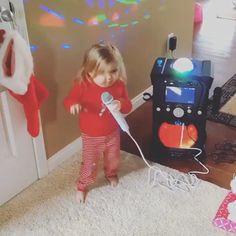 Cute Funny Baby Videos, Cute Funny Babies, Super Funny Videos, Funny Videos For Kids, Funny Short Videos, Cute Kids, Funny Baby Video Clips, Funny Baby Videos Dancing, Singing Funny