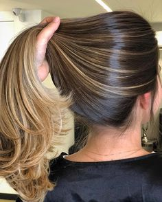 36 Light Brown Hair Colors That Are Blowing Up in 2019 - Style My Hairs Brown Hair Balayage, Blonde Hair With Highlights, Brown Blonde Hair, Hair Color Balayage, Brunette Hair, Ombre Hair, Bayalage, Rich Brunette, Gorgeous Hair Color
