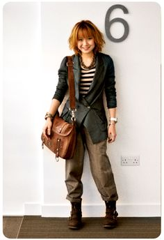 Pia Vintage Style 2. Like the jacket and top. The pants not so much.