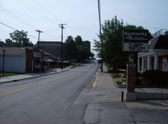 Main Street - Wilmore, Ky...I worked across the street from that bank!  Google Image Result for http://upload.wikimedia.org/wikipedia/commons/5/5c/Downtown_Wilmore,_Kentucky.jpg