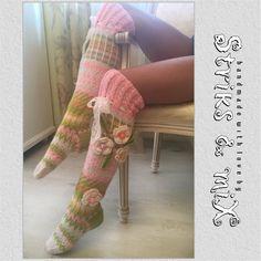 Knit socks with flower knee socks house socks by StriksAndMix Crochet Socks, Knitting Socks, Hand Crochet, Hand Knitting, Knit Crochet, Knit Socks, Floral Socks, Knit Stockings