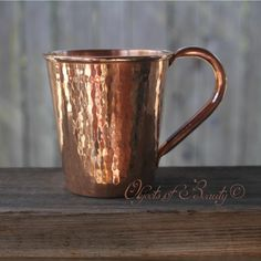 Moscow Mule Copper Mug 18oz --- 1 1/2 oz of Vodka, mixed in with 6 oz Ginger Beer poured over ice, with a lemon squeeze. Enjoy your Moscow Mule!
