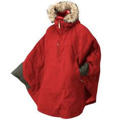 Fjallraven Women's Luhkka Cape Canada Goose Jackets, Winter Outfits, Winter Clothes, What To Wear, Jackets For Women, Women's Jackets, Rain Jacket, Winter Fashion, Raincoat